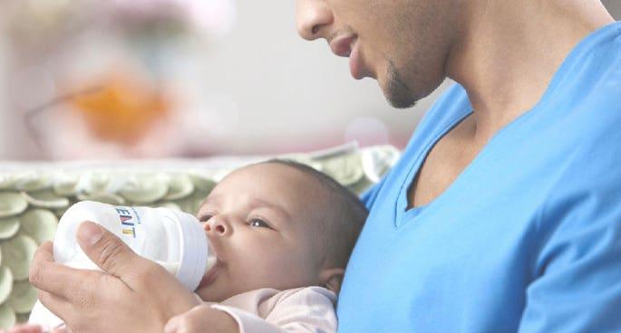 Papás y lactancia: ¿Cómo ser parte de esta etapa tan importante?