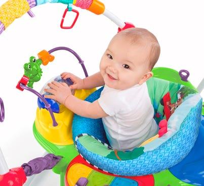 CENTRO DE ACTIVIDADES Y ANDADORES INFANTI CON 30% OFF