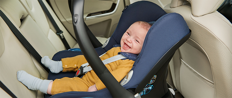 Sillas de auto: ¿Cuál es el lugar más seguro para instalarlas?