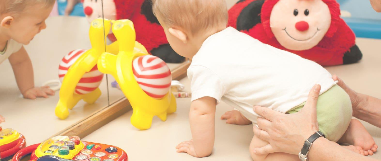 ¡Estimula a tu pequeño usando juguetes!